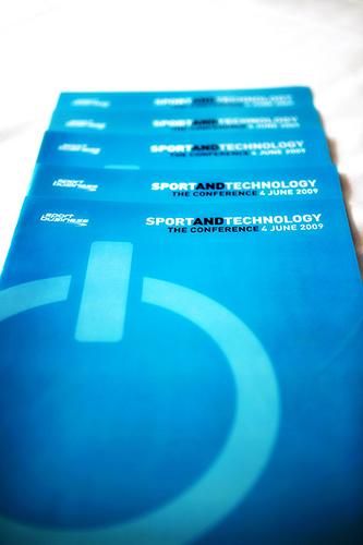 הספורט מתממשק עם הטכנולוגיה.צילום: CC BY SportBusiness